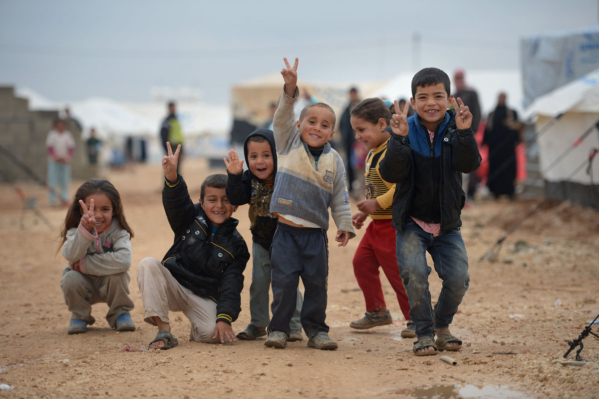 what you can do to help syrian refugees - spread awareness | akon